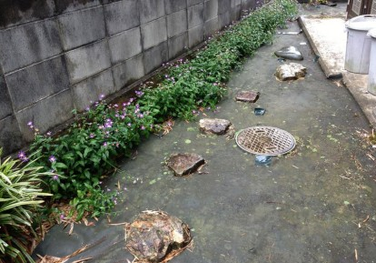 宅地の防草シート施工事例 (庭)