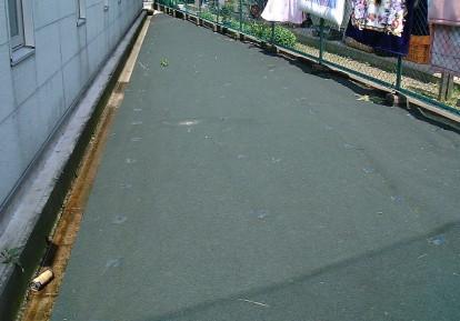 事業所敷地の防草シート施工事例 (空き地)