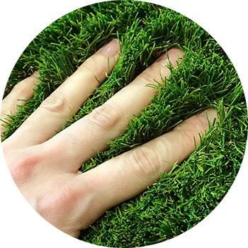 防草シートの上におすすめ人工芝